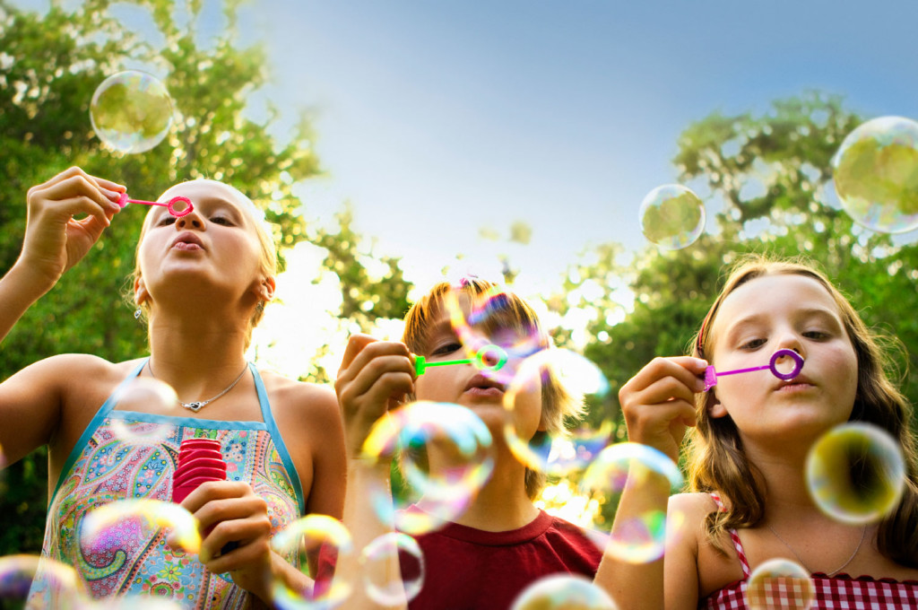 iStock_000011906458Large_blowing_bubbles_copy-1024x680-1